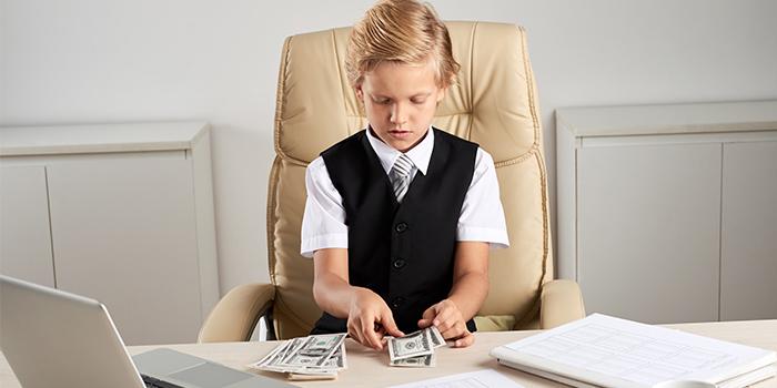 اهمیت آموزش مدیریت مالی به کودکان