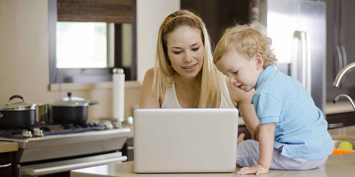چگونه به صورت آنلاین لباس نوزاد بخریم؟