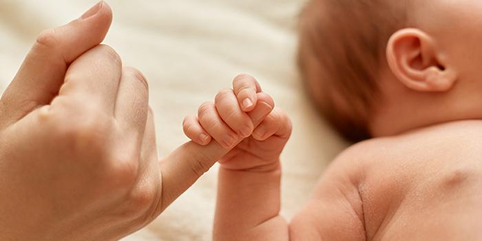 رابطه عاطفی میان مادر و نوزاد