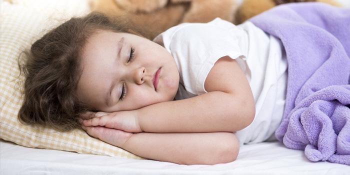 راهکارهایی برای جدا کردن محل خواب کودک از والدین