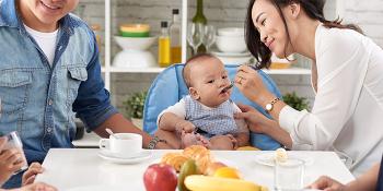 اهمیت غذای کمکی برای کودکان