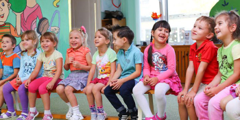 کودک خود را از چه سنی به کدام مهد کودک بفرستیم؟